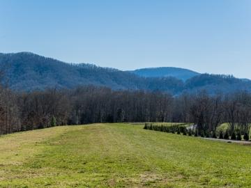 The-Farm-at-Cane-Creek-Fletcher-NC-12