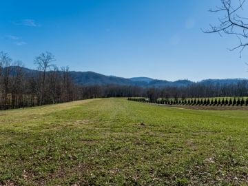 The-Farm-at-Cane-Creek-Fletcher-NC-18