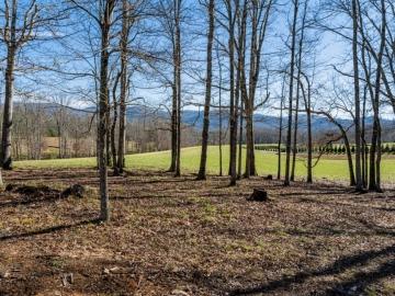 The-Farm-at-Cane-Creek-Fletcher-NC-23
